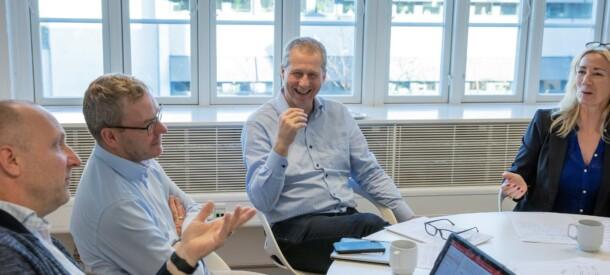 Billede af gruppearbejde til kursus hos CBS Executive